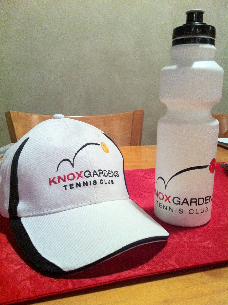 Knox Gardens Caps and drink bottles