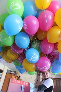 Chelsea with balloons 4