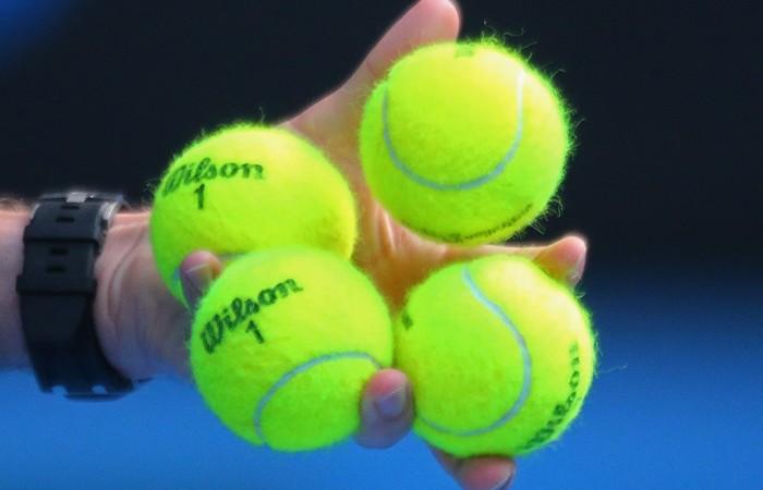 Tennis-balls-700x450