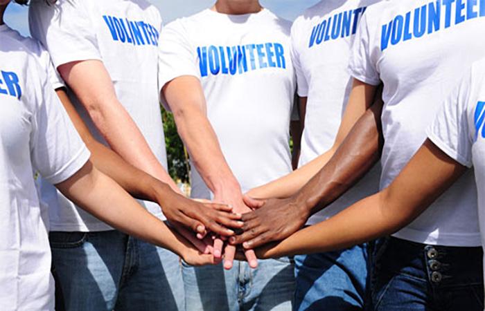 volunteer700x450