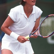 20 Dec 1992:  Liz Smylie of Australia awaits the serve, in the Colonial Mutual Classic Final, held at Kooyong, Melbourne, Australia.  Mandatory Credit: Allsport Australia/ALLSPORT