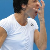 Francesca Schiavone is more of a fan of the rarely seen but very effective fist claw.