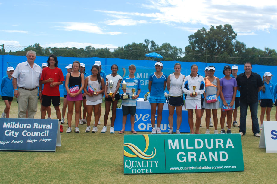 The 2011 Optus Nationals 12u and 14u grasscourt champions