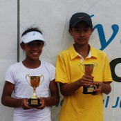 2011 Optus 12s National Championships - Girls and Boys Singles Champions - Destanee Aiava (left) and Richard Yang (right), both from Victoria. Francis Soyer.
