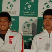 Chinese players Zhang Ze and Li Zhe
