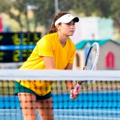 Isabelle Wallace at an Australian team practice session; Tennis Australia