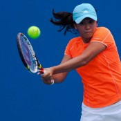 Optus 16s top seed Lyann Hoang played exceptionally well, reaching the quarterfinals before facing a challenging match against a resistant, unseeded Maddison Inglis.