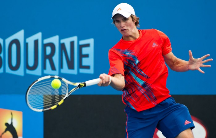 Watch the Australian Open qualifying live scores and