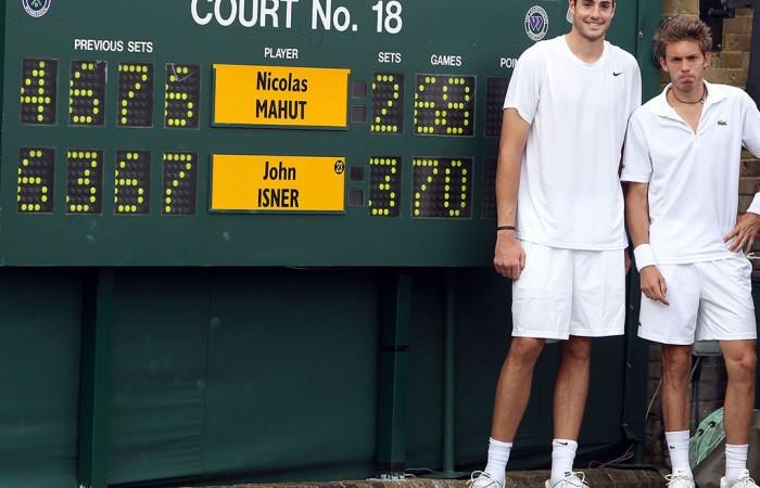 John Isner and Nicolas Mahut (right), Wimbledon, 2010. GETTY IMAGES