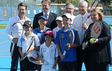 Todd Woodbridge (back left) and Hon. Damian Drum MLC (back, second from right) at the launch of the Bendigo Festival of Tennis; Getty Images