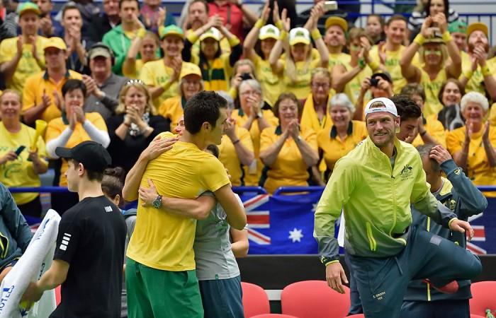 Davis Cup player Bernard Tomic ensures Australia wins the first round against the Czech Republic.