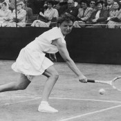 Australia's Thelma Coyne Long competes against Maureen Connolly of the USA in the semifinal of the Women's Singles in the Surrey Championships at Surbiton, Surrey, UK on 29 May 1952; Douglas Miller/Keystone/Hulton Archive/Getty Images