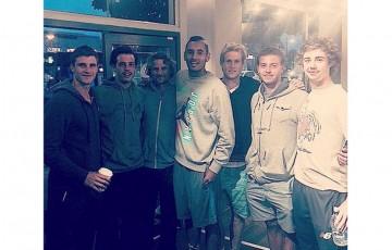 Aussie players hanging out at Starbucks; Matt Ebden Twitter