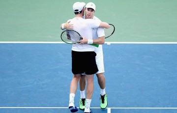 John Peers (R) and Jamie Murray celebrate their US Open doubles quarterfinal victory over No.4 seeds Marcin Matkowski and Nenad Zimonjic; Getty Images