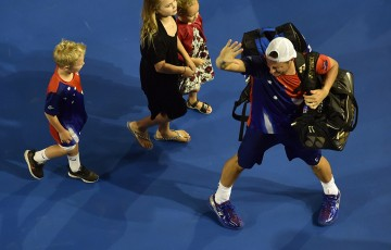 Lleyton Hewitt bids farewell to Rod Laver Arena after falling in the second round of Australian Open 2016; Getty Images