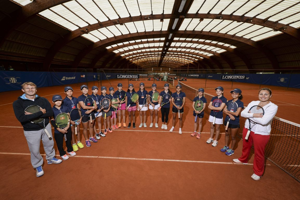 Longines Future Tennis Aces 2016 –French players Severine Beltrame and Remi Barbarin pose with all the young participants – 24/05/2016