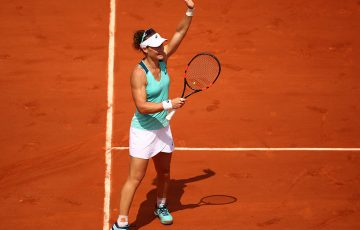 Sam Stosur waves to the Court Philippe Chatrier Crowd after beating Lucie Safarova in the third round of Roland Garros; Getty Images