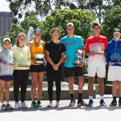 Sam Stosur (centre) with all the winners and finalists from the 16/u and 12/u Australian Championships finals on the final day of the December Showdown; Elizabeth Xue Bai
