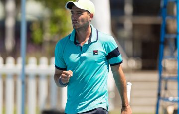 STEVEN DE WAARD (AUS) in action during day three of the Apis Canberra International. Match was played at the Canberra Tennis Centre in Lyneham, Canberra, ACT on Monday 31 October 2016. Photo by: Ben Southall.