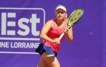 Daria Gavrilova in action at the WTA Internationaux de Strasbourg; (c) ChryslèneCaillaud.com