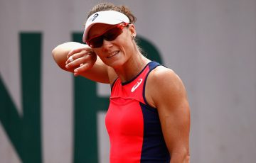 Sam Stosur was bothered by a hand injury during her fourth-round loss to Jelena Ostapenko at Roland Garros; Getty Images