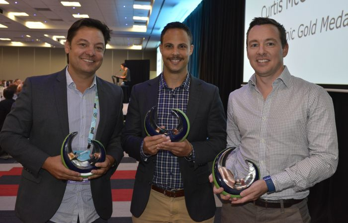 Patrick McInerney (right) accepts Tennis Australia's award for Excellence in Innovation at the Australian Sports Commission Participation Awards.