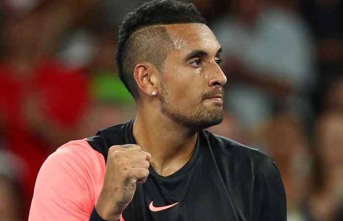Nick Kyrgios booked his third round place in straight sets.