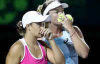 Ash Barty (L) and CoCo Vandeweghe discuss tactics during their Miami Open semifinal victory; Getty Images