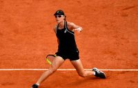 Gallant Stosur falls to Cornet in Gstaad