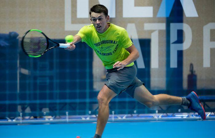 Ale De Minaur trains in Milan ahead of the Next Gen ATP Finals (photo credit: Peter Staples/ATPWorldTour.com)