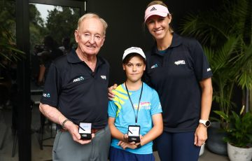 WINNER: ANZ Tennis Hot Shot of the Year 2018 award winner Felix with Rod Laver (left) and ANZ Tennis Hot Shots ambassador Alicia Molik (right). Picture: Getty Images