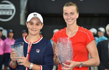 Ash Barty (L) and Petra Kvitova pose with their trophies after the Sydney International final, which Kvitova won in three sets (Getty Images)