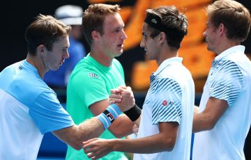 (L-R) John Peers, Henri Kontinen, Pierre-Hugues Herbert and Nicolas Mahut shake hands after the Australian Open 2019 men's doubles final (Getty Images)