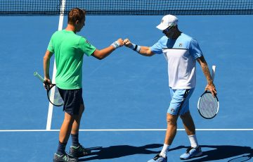 John Peers (R) and Henri Kontinen in action during the Australian Open doubles semifinals (Getty Images)