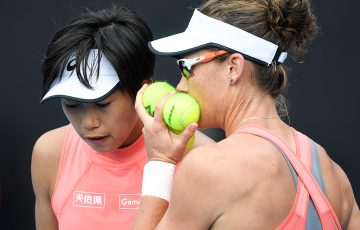 Sam Stosur (R) in doubles action with Zhang Shuai at Australian Open 2019 (Getty Images)