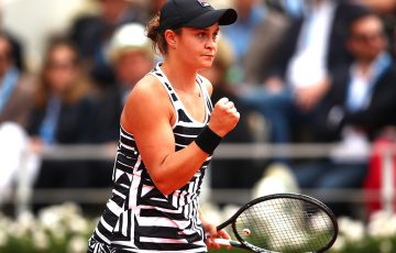 Ash Barty in action during the Roland Garros final (Getty Images)