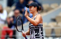 Ash Barty progresses to a second consecutive Grand Slam quarterfinal at Roland Garros; Getty Images