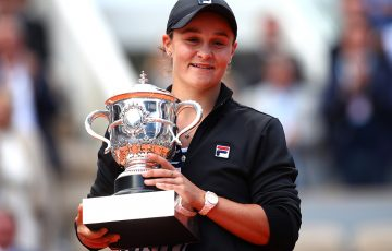 PARIS, FRANCE - JUNE 08: Ashleigh Barty of Australia celebrates victory with the trophy following the ladies singles final against Marketa Vondrousova of The Czech Republic during Day fourteen of the 2019 French Open at Roland Garros on June 08, 2019 in Paris, France. (Photo by Clive Brunskill/Getty Images)
