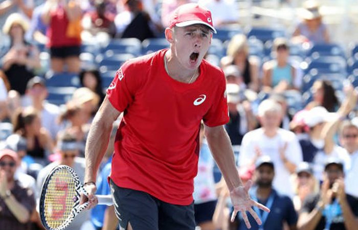 NEW YORK, NEW YORK - AUGUST 30: Alex de Minaur of Australia celebrates victory following his Men's Singles third round match against Kei Nishikori of Japan on day five of the 2019 US Open at the USTA Billie Jean King National Tennis Center on August 30, 2019 in Queens borough of New York City. (Photo by Al Bello/Getty Images)