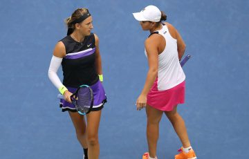 Ash Barty (R) and Victoria Azarenka in action during their US Open doubles semifinal victory (Getty Images)