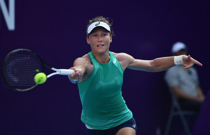 Sam Stosur in action at the WTA Guangzhou Open (photo: Elizabeth Bai)