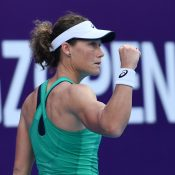 Sam Stosur in action during her quarterfinal victory over Nina Stojanovic at the WTA Guangzhou Open (photo: Elizabeth Bai)