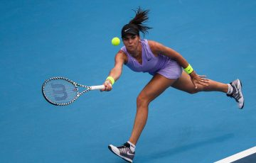 Ajla Tomljanovic in action during her second-round win over Kiki Bertens in Zhengzhou (Photo: Zhengzhou Open)