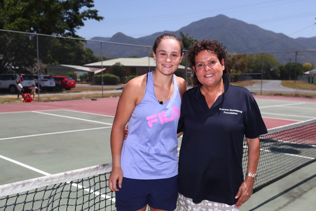 Ash Barty and Evonne Goolagong Cawley surprise young Indigenous tennis players in Cairns