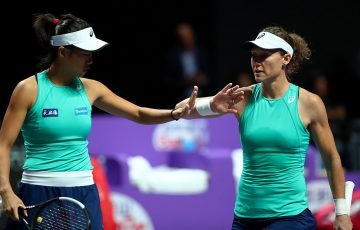 Sam Stosur (R) and Zhang Shuai in action at the WTA Finals in Shenzhen. (Getty Images)