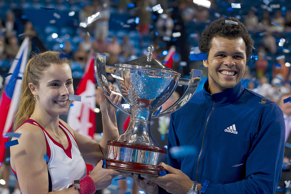 Alize Cornet (L) and Jo-Wilfried Tsonga won the Hopman Cup for France in Perth in 2014. (Getty Images)