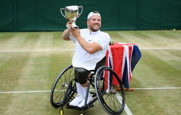 Dylan Alcott celebrates his Wimbledon quad wheelchair singles title. (Getty Images)