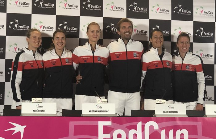The French Fed Cup team of (L-R) Fiona Ferro, Alize Cornet, Kristina Mladenovic, Julien Benneteau, Caroline Garcia and Pauline Parmentier in Perth. (Getty Images)