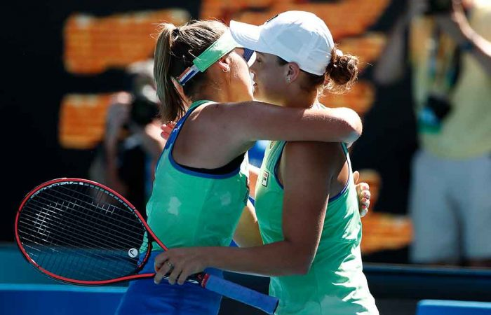 Ash Barty congratulates Sofia Kenin on her Australian Open 2020 semifinal win; Getty Images