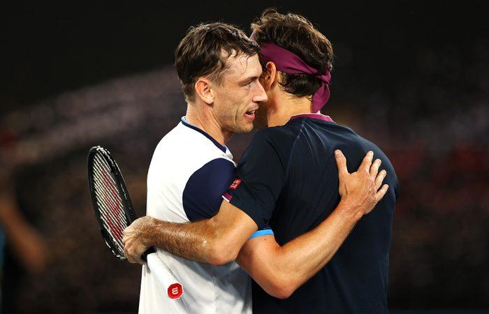 John Millman (L) congratulates Roger Federer after the Swiss won their third round match at Australian Open 2020. (Getty Images)